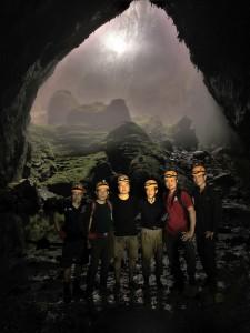 08 Hang En Cave Adventure